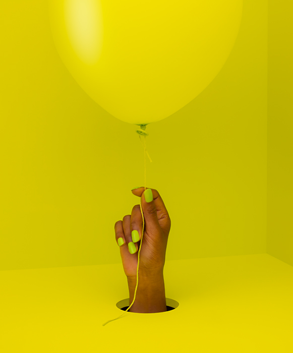 balloon_yellow_hand