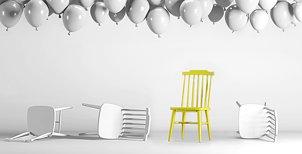 Chairs & balloon wide
